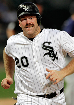 Kevin Youkilis and the Yankees agreed to a $12 million, one-year deal.