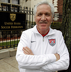 Tom Sermanni, 58, was announced as the permanent replacement for Pia Sundhage on Oct. 30.