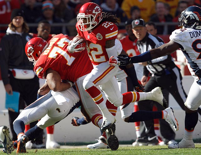 Will the Chiefs be able to score against the league's worst scoring defense? If so, fantasy's most frustrating combo back/receiver will play a big role now that Dwayne Bowe is on injured reserve and Steve Breaston is buried in a sea of DNP-CDs. McCluster and teammate Jonathan Baldwin are both worth a look in Oakland.
