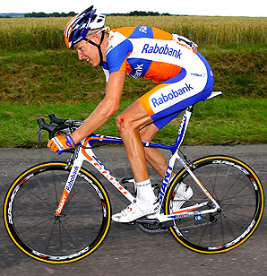 Robert Gesink's team Rabobank will be renamed Blanco Pro Cycling Team for 2013.