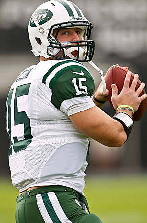 Tim Tebow, healing from two broken ribs, will be Mark Sanchez's backup against the Titans.