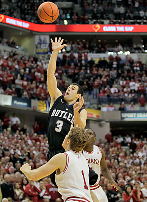 Alex Barlow's floater in overtime helped Butler top No.1 Indiana.