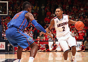 Mark Lyons' game-winning drive helped No. 8 Arizona hand No. 5 Florida its first loss.