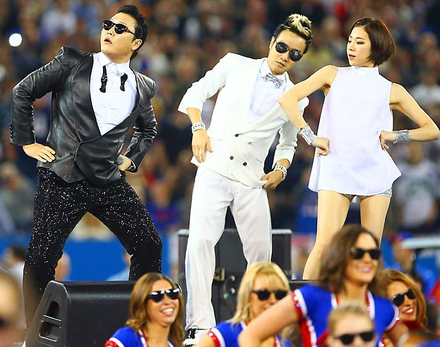 "The man who brought you and everyone else ""Gangnam Style"" strutted his stuff during halftime of the Seattle Seahawks-Buffalo Bills game at Toronto's Rogers Centre."