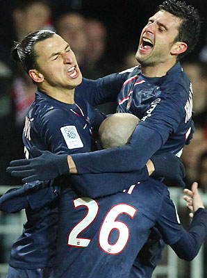 Paris Saint-Germain celebrates Zlatan Ibrahimovic's goal.
