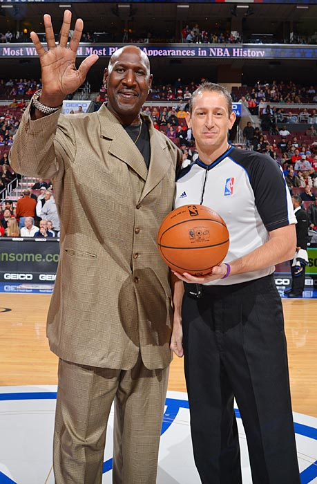 Former NBA player Darryl Dawkins and referee J.T. Orr posed before the Philadelphia 76ers and the Atlanta Hawks game at the Wells Fargo Center in Philadelphia.