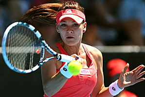 Agnieszka Radwanska took just over 70 minutes to defeat former champion Greta Arn.