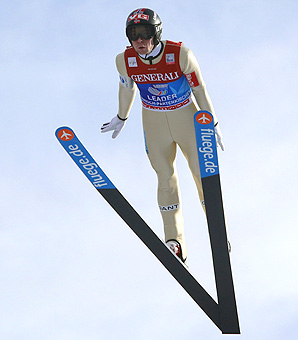 Norway's Anders Jacobsen is on the brink of winning his second Four Hills ski jumping tour victory.