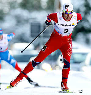 Norway's Petter Northug surged ahead from the pack, winning the 35k free pursuit race in one hour, 16 minutes.