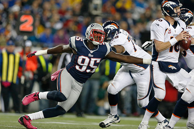 Jones should see plenty of snaps after a strong Week 17 for the Patriots and he may have solidified a starting role on the Patriots' defensive carousel. The first round pick out of Syracuse has loads of potential that he has demonstrated this season ? albeit inconsistently ? but should thrive off his recent momentum.