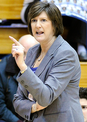 Anne Donovan became the first female coach to win 100 games in the WNBA with the Seattle Storm in 2005.