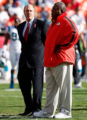 Less than a week after Romeo Crennel was fired as the Chiefs' head coach, GM Scott Pioli parted ways with the team.