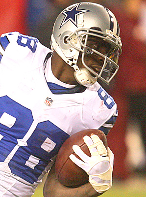 Dez Bryant caught for 354 yards and three touchdowns during the three game stretch in which he played with a broken finger.
