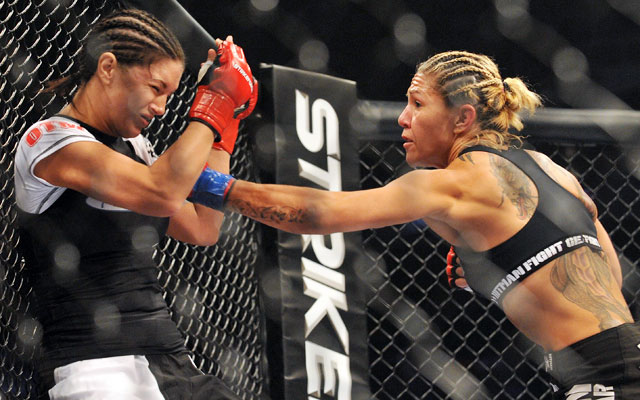 Strikeforce's women's rounds were increased to five minutes in 2009.