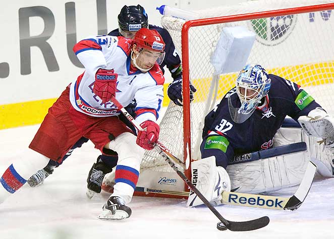 Pavel Datsyuk (13) was one of a number of players who went to the KHL during the NHL lockout.