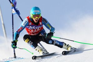 Ted Ligety was second after the first run, but finished 1.15 seconds ahead of runner-up Fritz Dopfer of Germany in a combined time of 2 minutes 28.67 seconds.