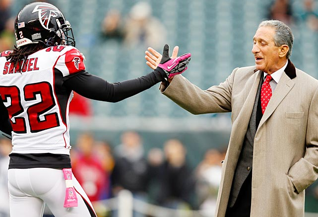 Well, Asante Samuel might have something to say all week. The former Patriots cornerback has always been clutch in the postseason (a league-record four playoff interception returns for touchdowns), and you know he'd love to pick Brady's pocket with the game on the line. The quarterback pairing is a good one, too, because Brady and Matt Ryan got to know each other well when Ryan was winning games for Boston College while Brady was down the road winning titles in Foxboro.