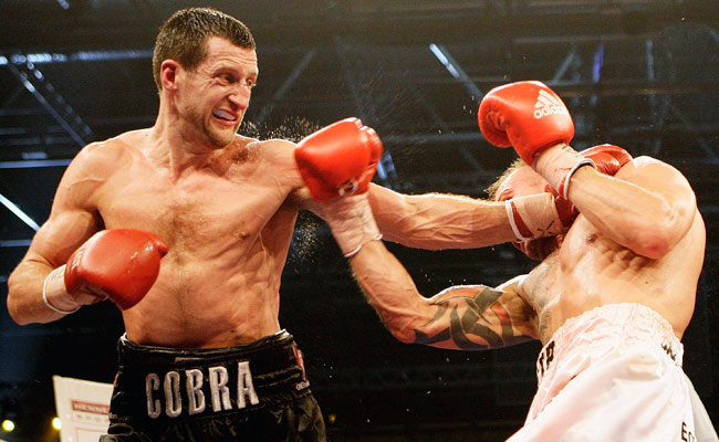 Mikkel Kessler (right) had a hard-fought win when he faced Carl Froch (left) in 2010.