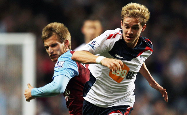 Stuart Holden had last played in a Mar. 2011 match against Aston Villa.
