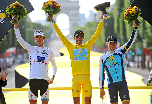 Lance Armstrong finished in an unfamiliar third place in the 2009 Tour de France, with teammate Alberto Contador atop the podium.
