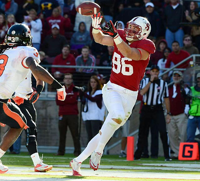 The departure of Coby Fleener to the NFL allowed for the emergence of another stud tight end at Stanford. Zach Ertz filled the hole in head coach David Shaw's offense admirably, catching 69 balls for 898 yards and six touchdowns in 2012. A complete tight end able to catch and block, Ertz may go late in the first round.