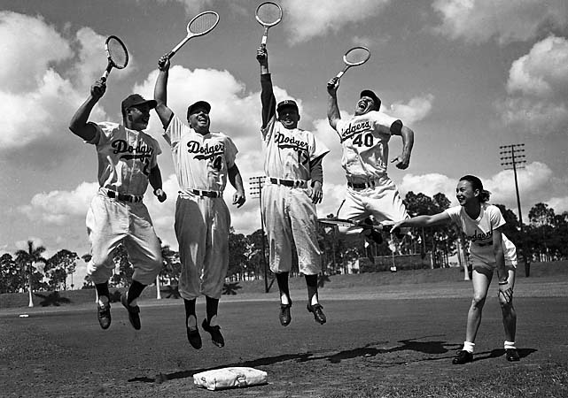 Gussie Moran instructs Dodgers players at spring training in Vero Beach, Fla.