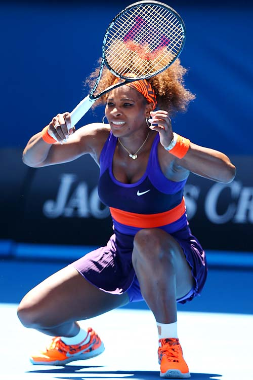 No. 3 Serena Williams beat Ayumi Morita 6-1, 6-3. She'll face No. 14 Maria Kirilenko next.
