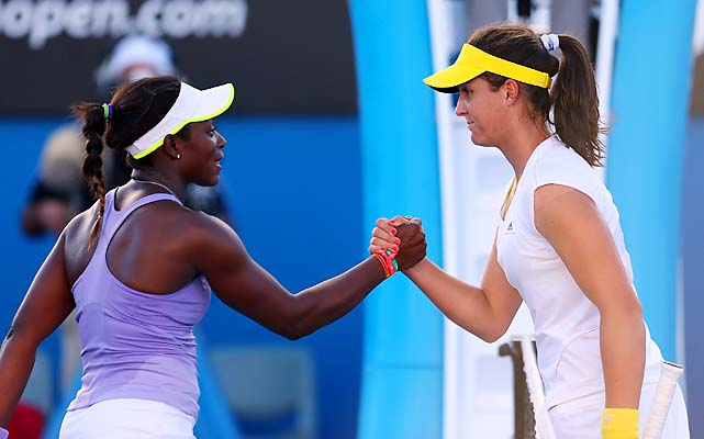 No. 29 Sloane Stephens beat Laura Robson 7-5, 6-3 in a matchup of teen sensations.