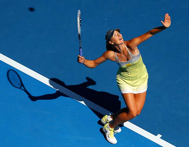 No. 2 Maria Sharapova beat Kirsten Flipkens 6-1, 6-0 and will play No. 19 Ekaterina Makarova next.