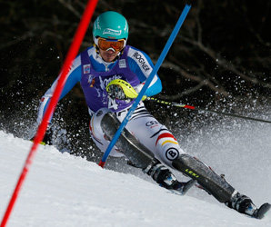 Felix Neureuther made up a deficit of 0.05 seconds from the first run to beat Marcel Hirscher by 0.21 seconds.