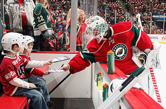 Fans in Minnesota are eager to embrace a winner and the Wild's players are reaching out to them.
