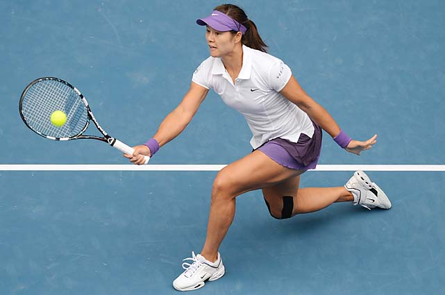 No. 6 Li Na beat No. 4 Agnieszka Radwanska 7-5, 6-3 to reach the semifinals.