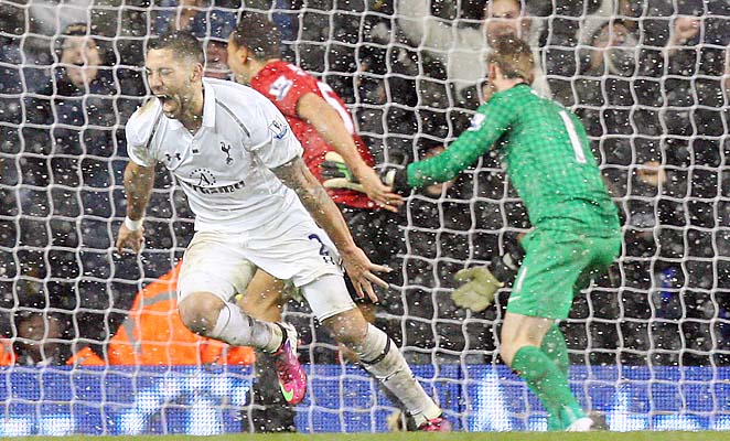 Clint Dempsey and Tottenham Hotspur are in fourth place in the Premier League, three clear of Everton.