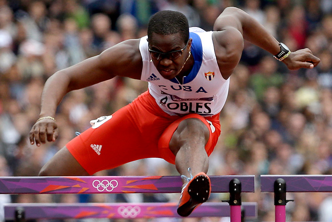 Former gold medalist Dayron Robles said he will no longer compete for Cuba after he complained of mistreatment by Cuban officials.