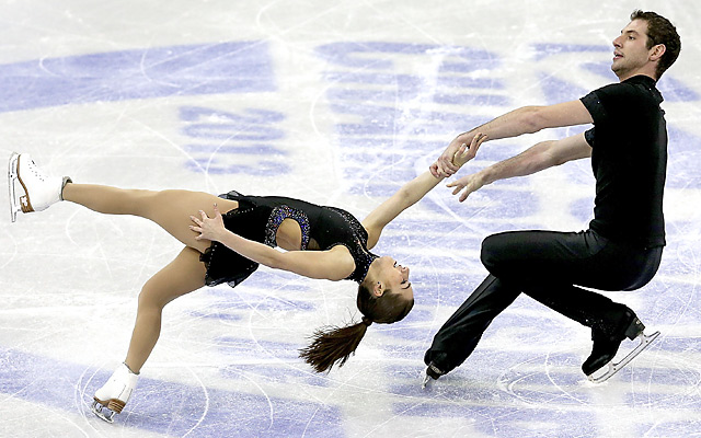 Marissa Castelli and Simon Shnapir finished nine points ahead of the second-place couple.