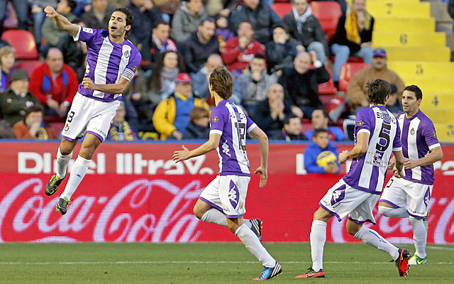 Javier Baraja (left) scored in the eighth minute to give Valladolid an early advantage.