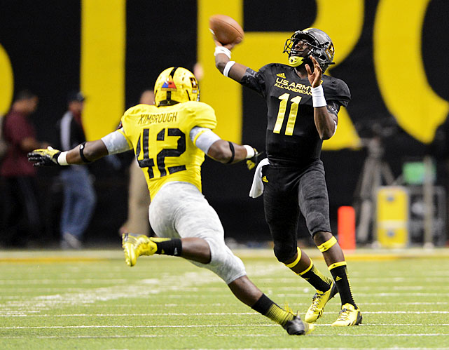 The 6-6, 215-pound Montgomery, Ala., star could contend for Auburn's starting job right out of the gate. In addition to winning Alabama's Mr. Football award, Johnson threw the game-winning 34-yard touchdown pass to James Quick in the U.S. Army All-American Bowl.