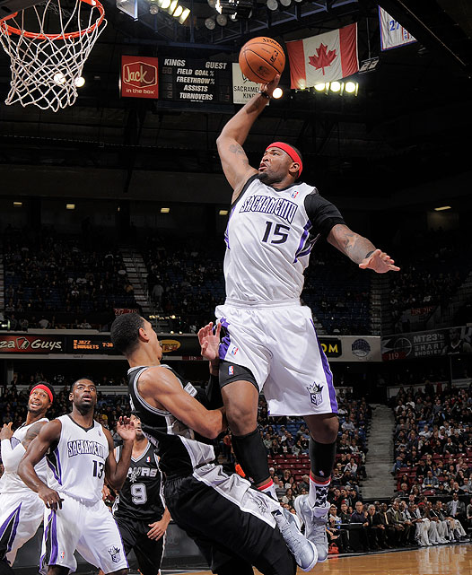 Big man DeMarcus Cousins went coast-to-coast, picking up steam for this thunderous slam on Danny Green.