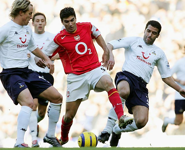 "It would be years before another January transfer came with a fee this large. Reyes joined a soon-to-be storied team -- Arsenal's ""Invincibles"" -- midway through the season, but contributed little to the Gunners' success that year. Reyes had an impressive 2004-05 campaign, scoring nine goals and amassing 10 assists, but the following season his goal production was nearly halved. Reyes was loaned out to Real Madrid in 2006 and sold to Atletico Madrid in 2007 for a loss."