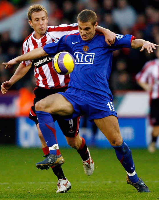 Nemanja Vidic's signature was one of Sir Alex Ferguson's biggest coups, as the Serbian defender has gone on to be an icon for the franchise. Besides his consistency in defense, Vidic has also used his strength in the air to be a goal-scoring threat as well.