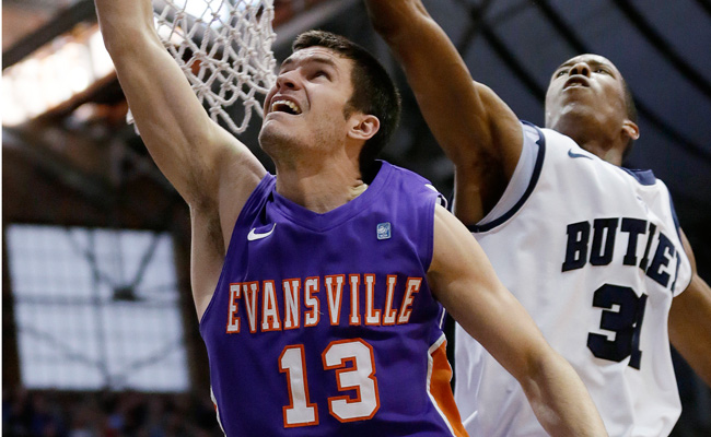 Jordan Jahr (13) is averaging 3.7 points and 2.5 rebounds for Evansville this season.
