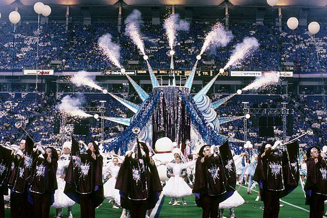 "When a halftime show can be best described as an infomercial for Minnesota and all its wintery wonder, that doesn't bode well for the production's reviews. With ridiculous costumes and an ill-advised song choice of ""Winter Magic,"" there's a reason Fox's counterprogramming of a live episode of ""In Living Color"" was a success."