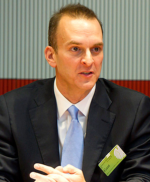 USADA head Travis Tygart blamed the UCI for dragging their feet on their investigation of Lance Armstrong doping.