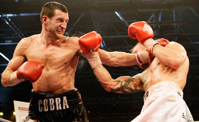Mikkel Kessler (right) defeated Carl Froch (left) the last time the two met in 2010.