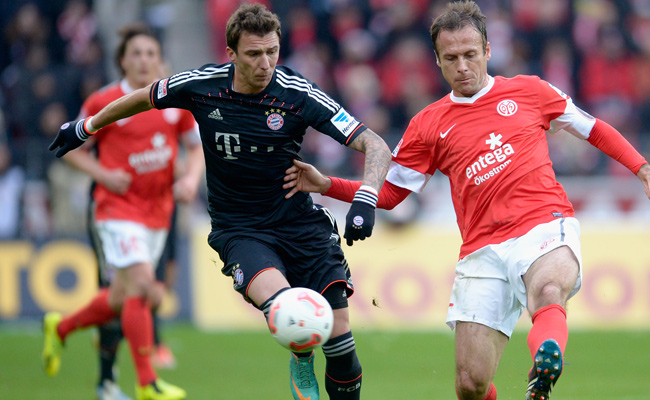Mario Mandzukic (center) scored in the 50th minute, then again seven minutes later.