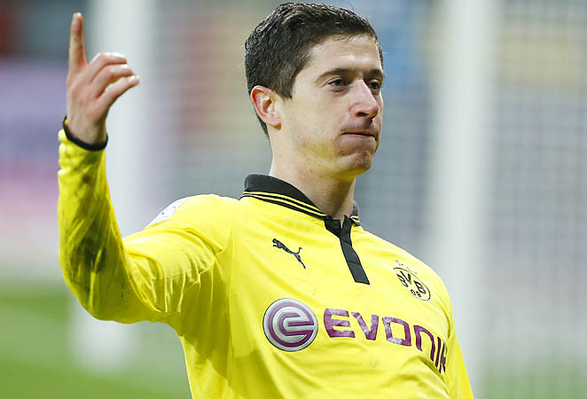 Robert Lewandowski ranks second in the Bundesliga with 13 goals this season.