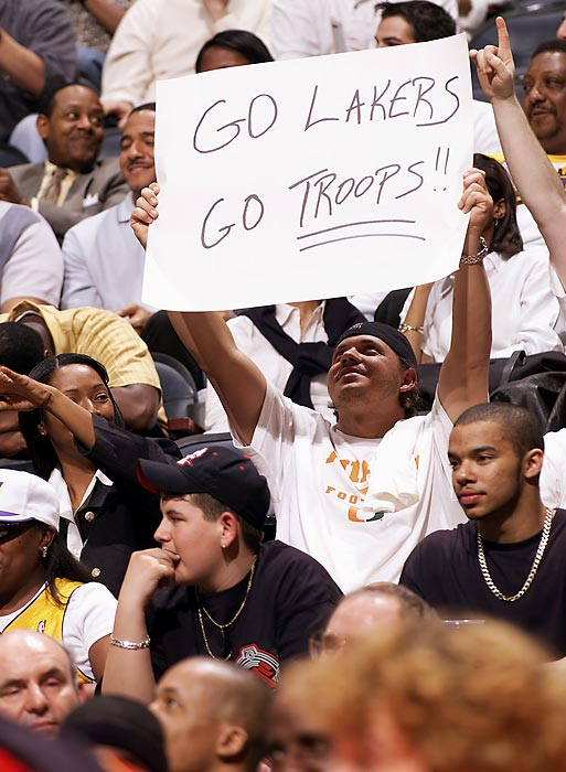 A fan shows his support for the Los Angeles Lakers and the troops during the game against the Atlanta Hawks in 2003.