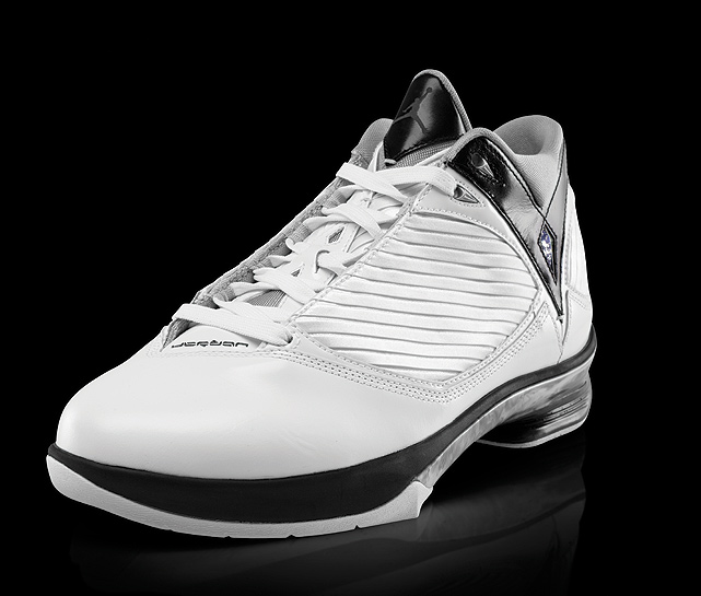 "Inspired by Jordan's defensive focus, the Air Jordan 2009 uses unique technology to give players ""unfair"" responsiveness."