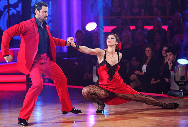 The soccer goalkeeper finished in 4th place with dancing partner Maksim Chmerkovskiy.