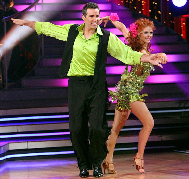 The retired NFL quarterback finished in 5th place with dancing partner Anna Trebunskaya.